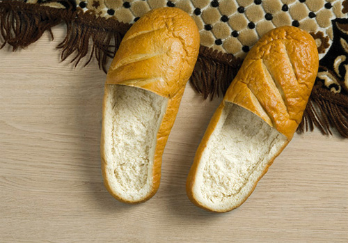 ashley_breadshoes_01
